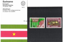 Republiek Suriname Zonnebloem Presentatiemapje PTT nr 9 Postfris Postzegelmapje De Wereld Voedseldag 1984