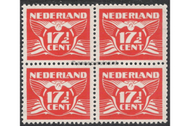 Nederland NVPH 385 Postfris (17 1/2 cent) (Blokje van vier) Vliegende duif 1941