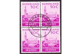 Nederland NVPH D43 Gestempeld (50 cent) (Blokje van vier)Aanvullingswaarden Vredespaleis 1977