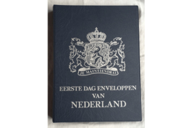 Zeer netjes gebruikt! Compleet Hartberger (FDC) album Eerste Dag-enveloppen van Nederland met 10 FDC bladen voor 60 enveloppen