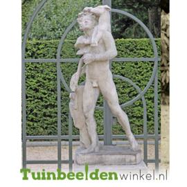"""Standbeeld """"De jager"""" op sokkel TBW4br405br"""