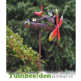 Metalen tuinbeeld figuur ''Moedervogel voert jongen'' TBW16080