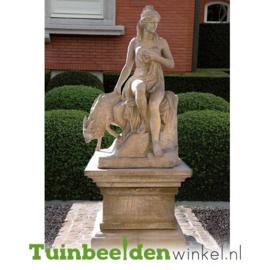 """Standbeeld """"Zittende vrouw"""" op sokkel TBW4br407br"""