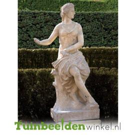 """Standbeeld """"Deftige vrouw"""" op sokkel TBW4br411br"""