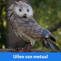 metalen uilen, uil van metaal als tuindecoratie