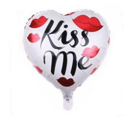 Helium ballon hart Kiss Me 45x40 cm - Valentijn