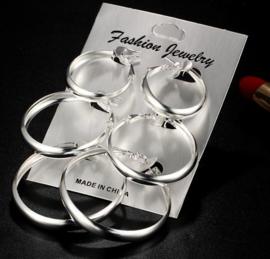 Grote zilverkleurige oorbel ringen 3 paar