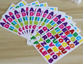 10 stickervellen alfabet / letters