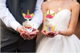 24 stuks cupcake omslagen + 24 toppers Unicorn / eenhoorn
