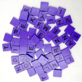 100 stuks houten Scrabble letters paars
