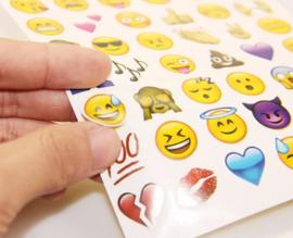 96 emoji stickers (2 velletjes)