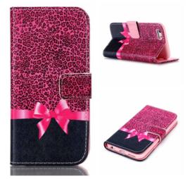 Telefoonhoesje / magnetisch flip wallet strik panterprint Iphone 6 / 6s