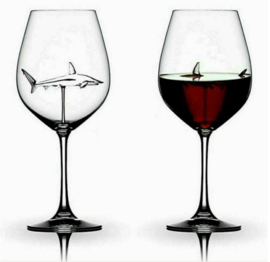 2 stuks wijnglazen haaien 21 cm hoog