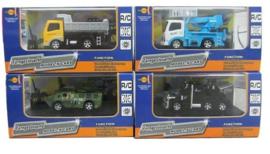 2 verschillende RC auto's met licht + afstandsbediening 8x16 cm