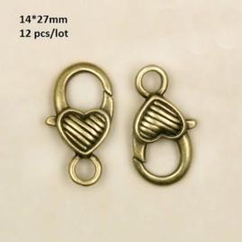 Hartvormige sluitingen antiek brons 12 stuks