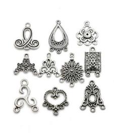20 stuks Tibetaanse zilverkleurige bedels / verdelers
