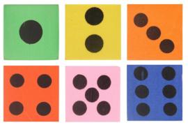10 stuks foam dobbelstenen diverse kleuren 4cm
