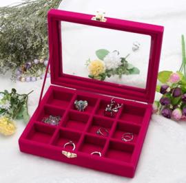Display koffer met 12 vakken en deksel roze