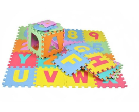 Foam foam puzzelmat - vloermat -speelmat alfabet - cijfers