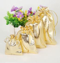 40 stuks cadeau zakjes goudkleur diverse maten
