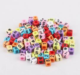 200 stuks gekleurde vierkante cijferkralen 6mm