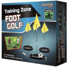 Voet Golf - voetbal training met vlaggen