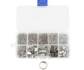 Onderdelen sieradenset zilverkleur in opbergdoosje