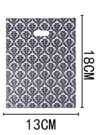 50 Stuks Plastic draagtas met gestanste handgrepen H18cm x B13cm  Barok