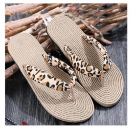 slippers - panterprint - maat 38