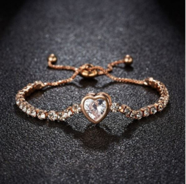 Armband goudkleur hartje zirkonia