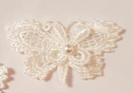Kanten dubbele Vlinders met parel - Ivoor - 5 stuks