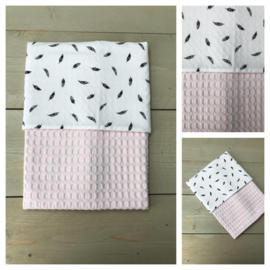 Dekentje - Soft Pink / Veertjes