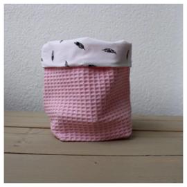 Commode mandje - Baby Roze / Veertjes