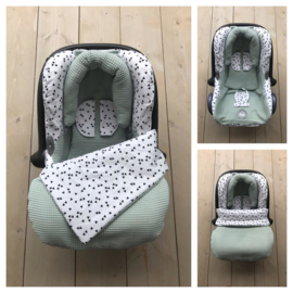 Maxi Cosi set - Oud Groen / Triangel - Cabrio Fix
