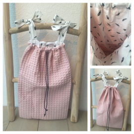 Boxzak Soft Pink / Veertjes