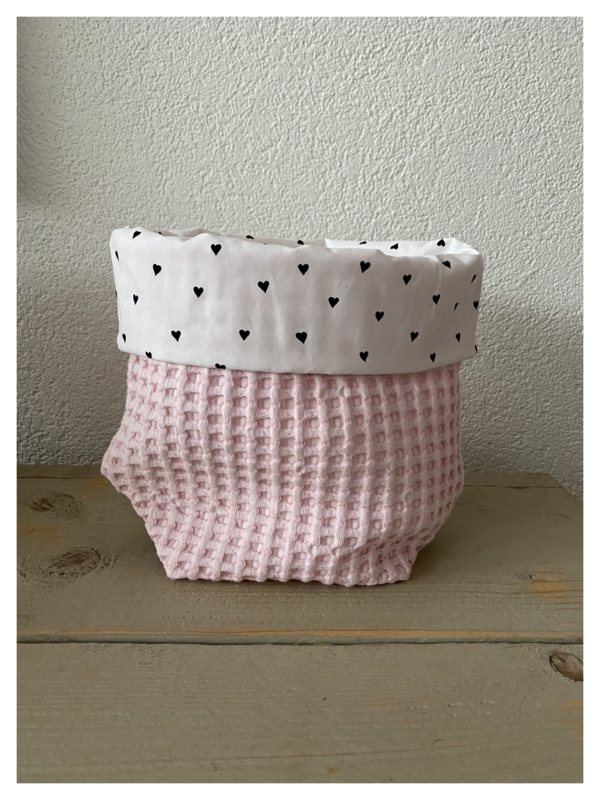 Commode mandje - Soft Pink / Hartjes