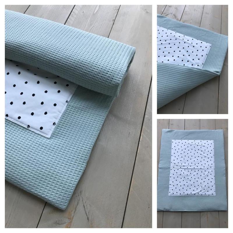 Boxkleed - Oud groen  / Dots