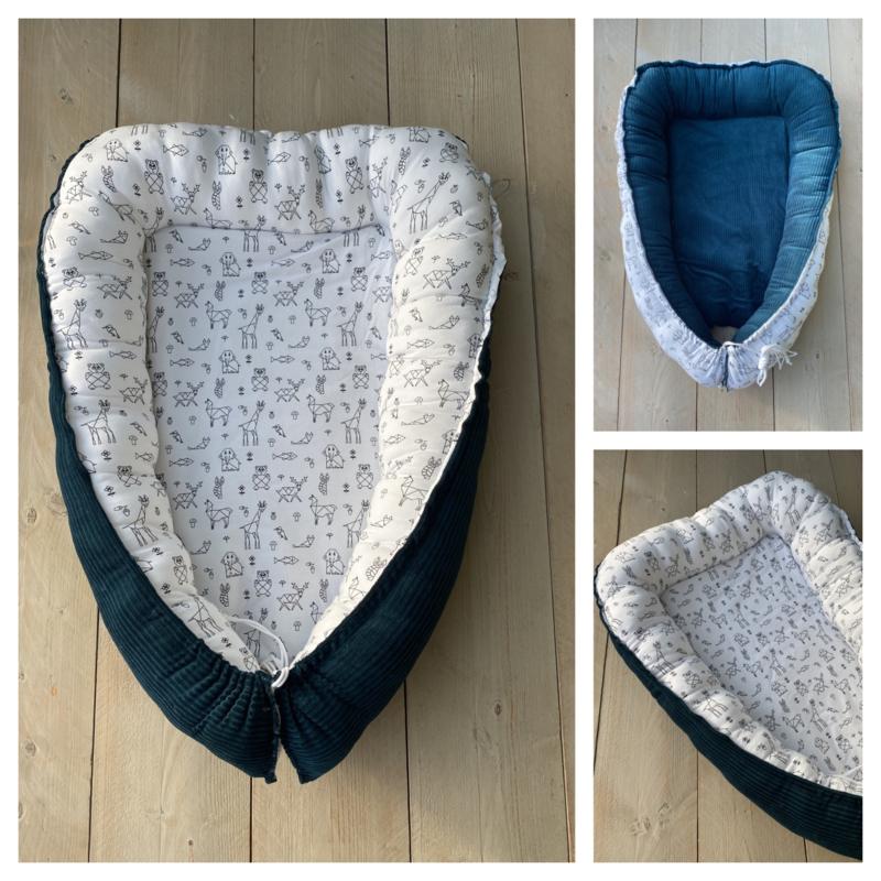 Babynestje - Corduroy Rib Sapphire / Origami Animals