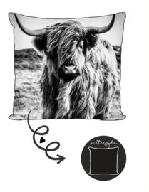 Buitenkussen | Hooglander zwart wit