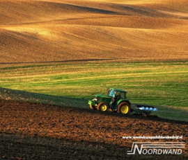 Fieldwork 3750066A - 3750075B Farm Life tractor