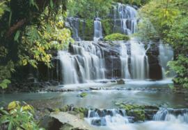 Pura Kaunui Falls 8-256 Komar waterval