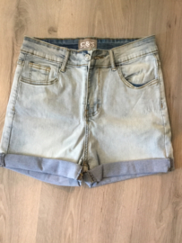 C & S short Denim light Blue
