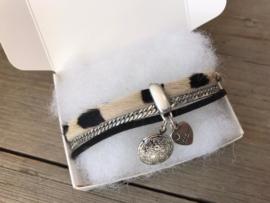 Armband vacht zwart medaillon