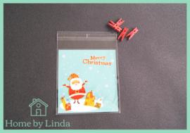 Cellofaan zakjes kerst - kerstman en sneeuw 10 cm x 10 cm (set van 10 stuks)