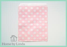 Papieren zakjes lichtroze met witte stippen 13 cm x 18 cm (set van 10 stuks)