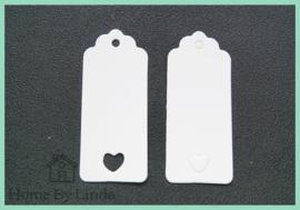 Label hanger met hartje wit kraft 9 cm x 4 cm (set van 10 stuks)