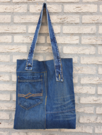 Shopper: Jeans