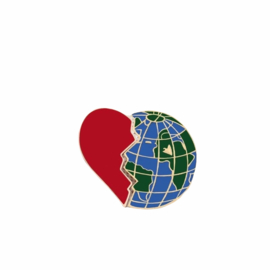 TRAVEL LOVER PIN