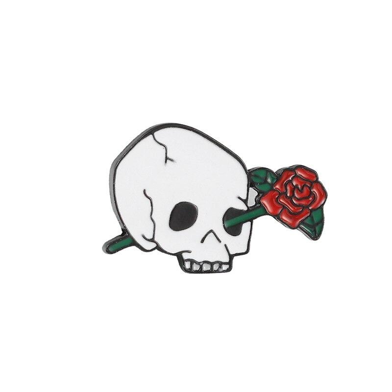 SKULL ROSE PIN