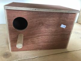 Nestkast voor oa. Agapornis 18x25x15